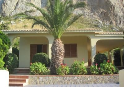 Casa Vacanze Villa Rosy